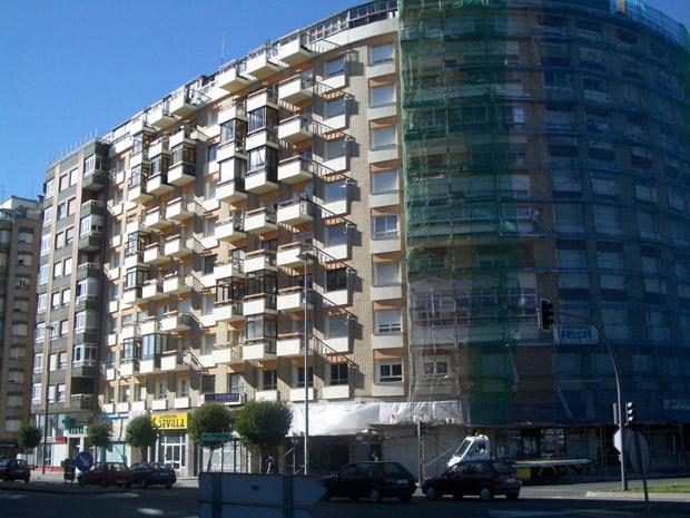 Residential building Las Avenidas